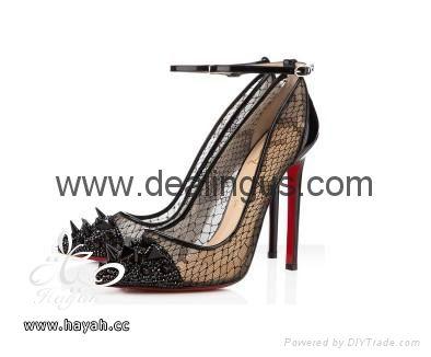 احذية نسائية راقية hayahcc_1369940326_482.jpg