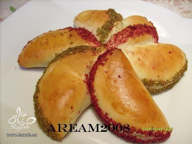 معجنات الورود الهشه فطائر لذيذه hayahcc_1370711266_975.jpg