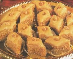 ملف كامل عن الحلويات التونسية hayahcc_1372790814_990.jpg