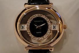 ساعات ماركات عالمية الرجالية hayahcc_1382989982_626.jpg