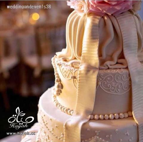 افخم وارقى كعكات الزفاف hayahcc_1392812747_184.png