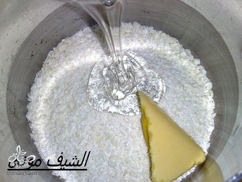 تورتة بصوص الشوكولاته البيضاء والفراولة للمبتدئات من مطبخ الشيف مونى بالصور hayahcc_1415353888_525.jpg
