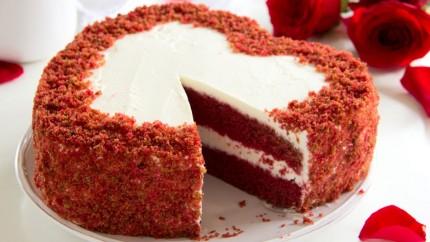الكيك الأحمر الرخامي hayahcc_1423749877_472.jpg