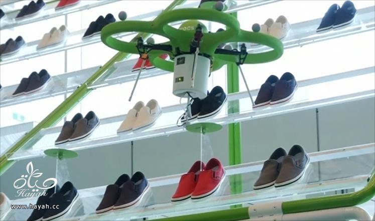 طائرة بدون طيار لتسليم الأحذية في متجر ياباني hayahcc_1425724499_952.jpg