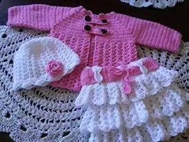 أجمل ملابس كروشيه للبنوتات في الشتاء hayahcc_1425839355_146.jpg