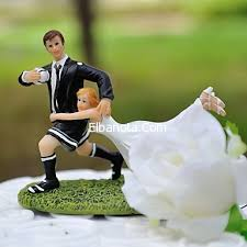 كيكات افراح و طلاق غريبة جدا hayahcc_1425930604_842.jpg
