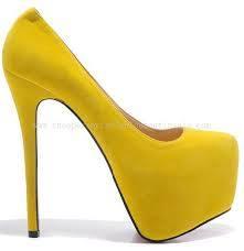 الأصفر في الأحذية و الشنط hayahcc_1426170082_978.jpg