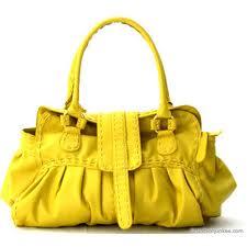 الأصفر في الأحذية و الشنط hayahcc_1426170083_527.jpg