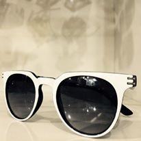 نظارات شمسية بماركات عالمية hayahcc_1427012621_989.jpg