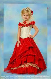 فساتين الأميرات الصغيرات hayahcc_1427013309_876.jpg
