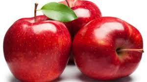 التفاح لبشرة تشع جمالا hayahcc_1428774820_190.jpg