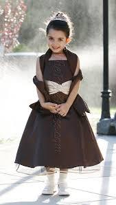 صغيرات بفساتين ملكية hayahcc_1429401780_201.jpg