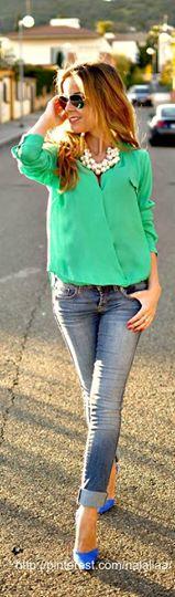 أزياء بألوان صاخبة hayahcc_1430207769_168.jpg