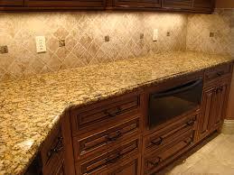 كيف تنظفين رخام المطبخ؟ hayahcc_1430304228_880.jpg