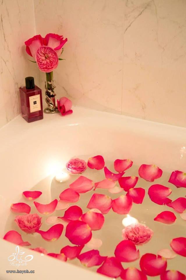 لتغيير أجواء حمامك عليك بالورود hayahcc_1430559238_241.jpg