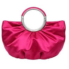 اللون الوردي في الحقائب هل تفضلينه؟ hayahcc_1430757746_307.jpg