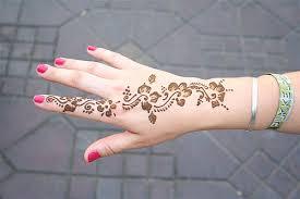 أجمل نقوش حناء تونسية hayahcc_1432797333_641.jpg