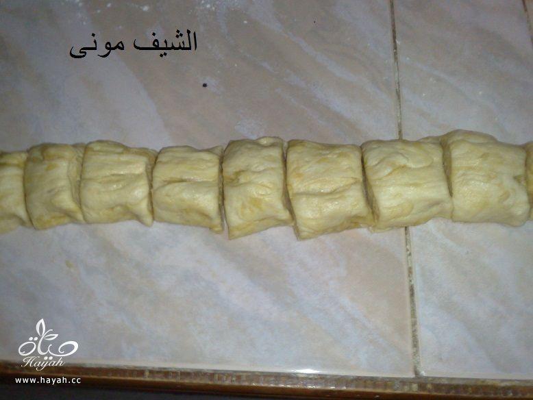 بنت الصحن بالبندق وعسل النحل من مطبخ الشيف مونى بالصور hayahcc_1435700661_774.jpg