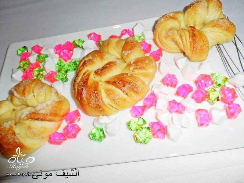 فطاير مبرومة بالسكر من مطبخ الشيف مونى بالصور hayahcc_1436042748_985.jpg