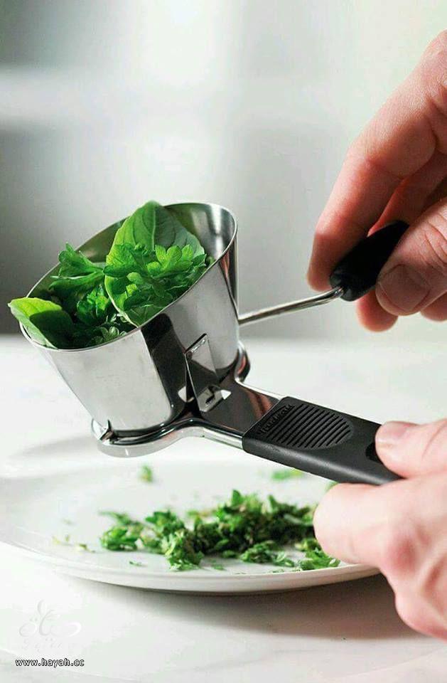 أدوات مطبخية مريحة جداً hayahcc_1436439462_326.jpg