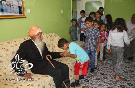 معمر تركي يمضي العيد برفقة 166 من أحفاده وأبنائه hayahcc_1437556352_506.jpg