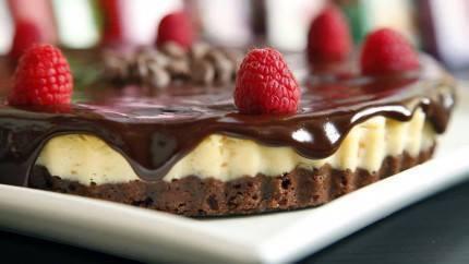 طريقة عمل تشيز كيك الشوكولاتة hayahcc_1438688114_660.jpg