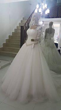 أجمل فساتين الزفاف بموديلات عصرية hayahcc_1439276000_717.jpg