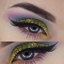ماكياج عيون من أجمل ما يكون hayahcc_1439547783_838.jpg