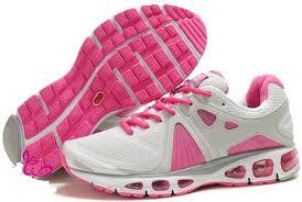 أحذية رياضية للبنات hayahcc_1439694356_886.jpg