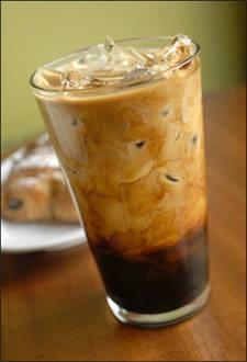 """طريقة عمل القهوة المثلجة """"الموكا"""" hayahcc_1439796954_276.jpg"""