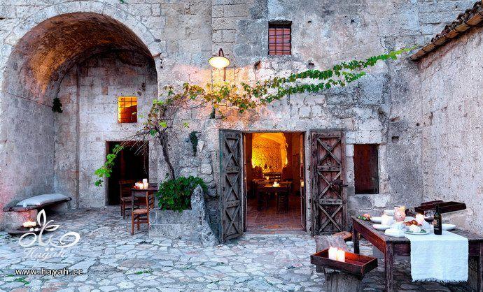 الفندق الإيطالي المحفور بالصخر hayahcc_1440234523_362.jpg