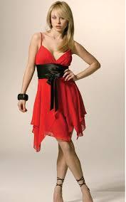 فساتين قصييييرة باللون الأحمر تلبسينها لزوجك أو في سهرة نسائية ^^ hayahcc_1440827530_980.jpg