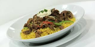 طريقة الشاورما الشهية مع الأرز بالكاري والتومية hayahcc_1440836262_435.jpg