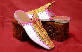 أروع تشكيلة  لبلغات مغربية (الشربيل) hayahcc_1441179195_250.jpg