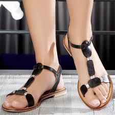 أحدث أحذية ماركات نسائية hayahcc_1441183145_546.jpg
