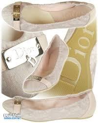 أحدث أحذية ماركات نسائية hayahcc_1441183146_573.jpg