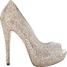 أحذية للعروس تحت الفستان hayahcc_1441269273_758.jpeg