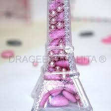 أروع تشكيلة لعلب حلوى الزفاف على شكل برج ايفل hayahcc_1441299470_124.jpg