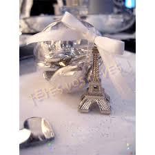 أروع تشكيلة لعلب حلوى الزفاف على شكل برج ايفل hayahcc_1441299470_439.jpg