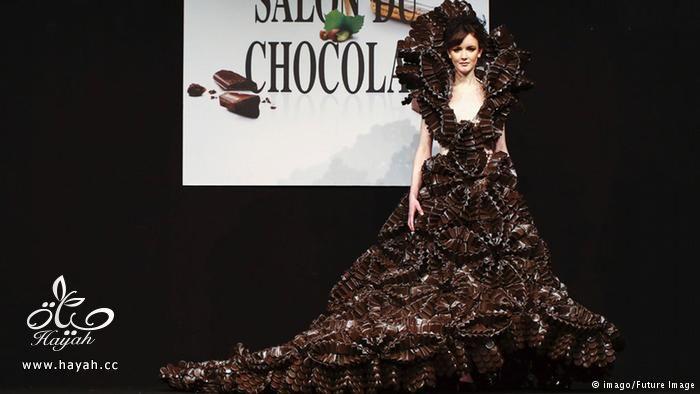 صور فساتين صنعت من الشوكولاته hayahcc_1441563217_920.jpg