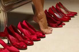 كيف تختارين حذاءك؟ hayahcc_1441615812_927.jpg