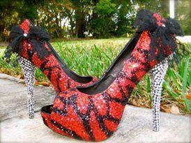 أحذية التايجر المرصعة hayahcc_1441904910_881.jpg
