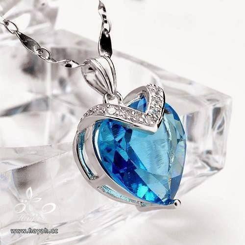 قلادات ملكية باللون الأزرق hayahcc_1441912260_420.jpg