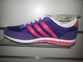 أحذية رياضية بناتي شيك hayahcc_1442736103_786.jpg