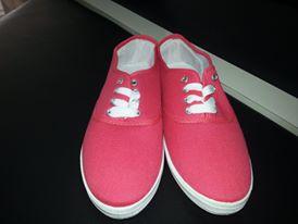 أحذية رياضية بناتي شيك hayahcc_1442736103_991.jpg