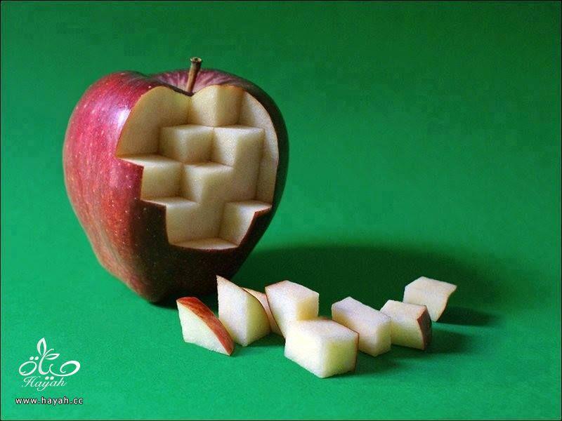 تفاح مقطع بطريقة فنية hayahcc_1442747651_994.jpg