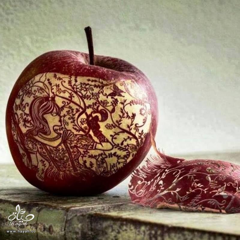 تفاح مقطع بطريقة فنية hayahcc_1442747652_522.jpg