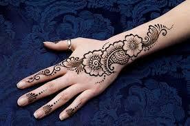 أجمل رسومات الحنة  الهندى للعروس hayahcc_1442803215_317.jpg