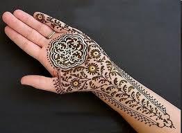 أجمل رسومات الحنة  الهندى للعروس hayahcc_1442803216_351.jpg