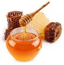 هل العسل مفيد للبشرة أكلا أفضل أم دهنا hayahcc_1443561462_645.jpg